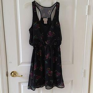 Women's Sleeveless Sheer Lined Casual Dress